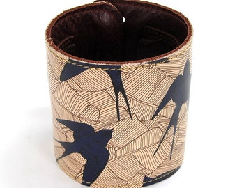 Leather cuff, Wallet cuff, Wallet Wristband - Swallow and Leaf