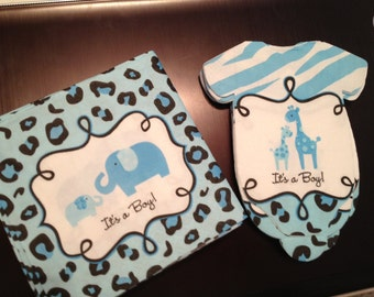 Pack of 46 Baby shower napkins. Safari theme. Blue or pink giraffes. Baby shirt shaped or baby bib shaped PLUS beverage sized.