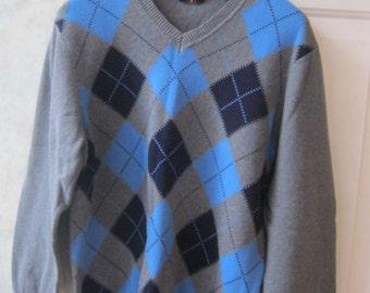 Vintage mens cotton argyle sweater, grey navy blue light blue argyle sweater, Arrow V neck sweater size Large chest 44 never worn