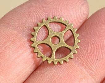 20 Antique Bronze 15mm Gear Connector Charms BC1466