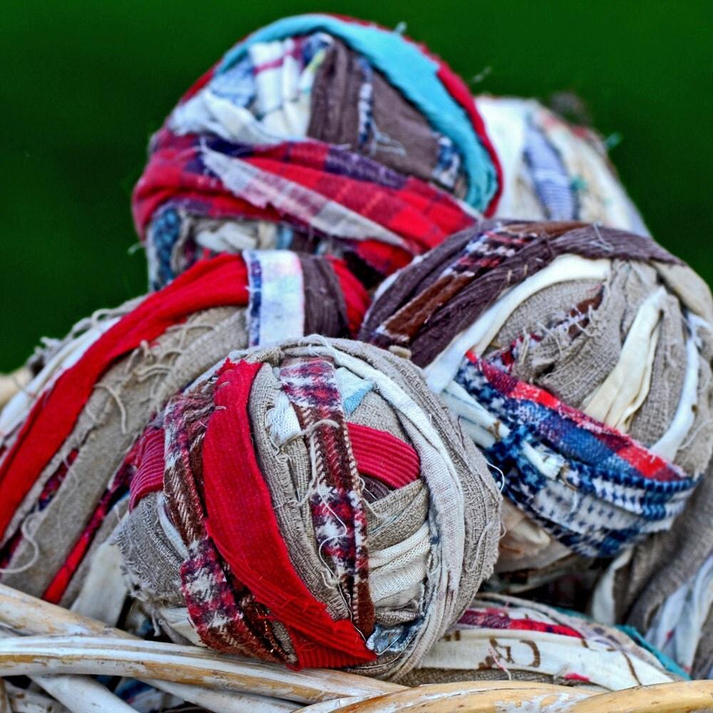 Vintage Rag Rug Yarn Balls Fabric Strips Home Decor