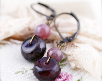 Magenta rondelle earrings - agate and chalcedony