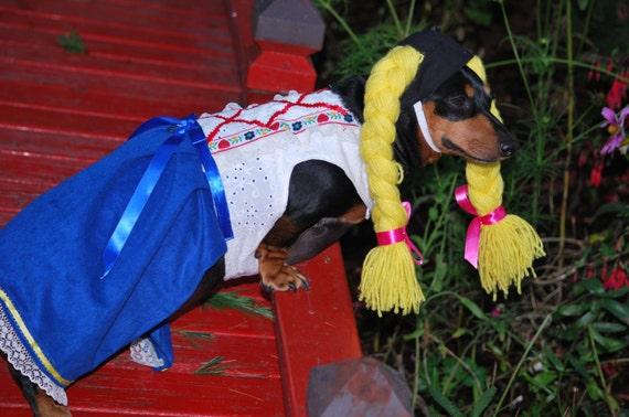 Little Gretel German girl  Drindl costume