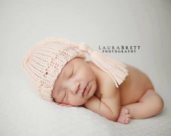Simple Pixie Hat with Tassel - newborn baby photo prop