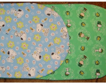 SNOOPY and PEANUTS GANG Reversible Table Runner Easter and St Patricks Day Thenes