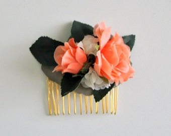 Coral Rose Hair Comb, Floral Hair Comb, Rose Hair Comb, Coral Wedding Accessory, Woodland Wedding Accessory, Faux Flower Bridal Hair Comb