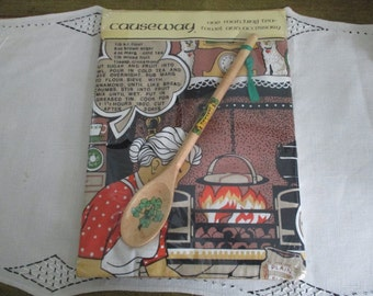 Vintage Linen Kitchen Dish Towel IRELAND In Package Causeway With Decorative Wooden Spoon Souvenir Recipes