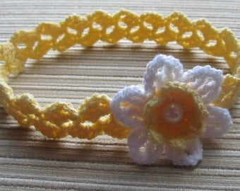 Crochet Pattern #117 Baby Headband with a White Daffodil