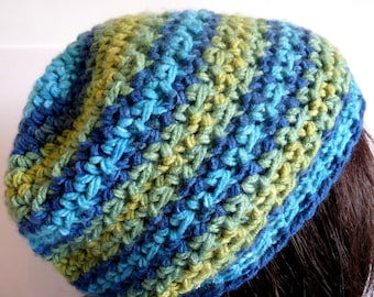 Crochet Green and Blue Beanie for Fall and Winter, for Teens and Women
