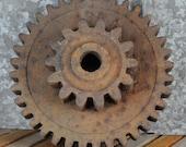 Cast Iron Rusty 2 Gear Base 136A - Iron Art Supply