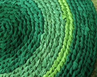 """32"""" Round Forest Green Rag Rug"""