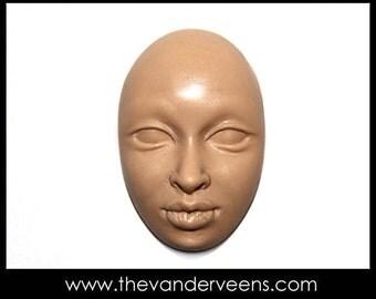 Mold No.53 (Face-Open eyes) by Veronica