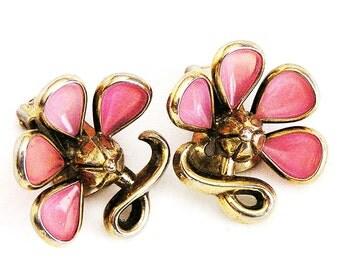 Trifari Pink Molded Glass Earrings pre 1955, Trifari Pink Earrings, Trifari Pink Glass Flower Earrings