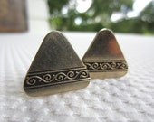 Vintage Silver Embossed Scroll Triangle Cuff Links