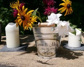 Personalized Wedding Pail, Rustic Wedding, Custom Wedding Bucket, Flower Girl Basket, Galvanized Metal Pail - Small Size (1.5qt)