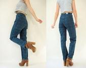 Plaid Print 80's Vintage High Waist Jeans / Skinny Tapered Leg