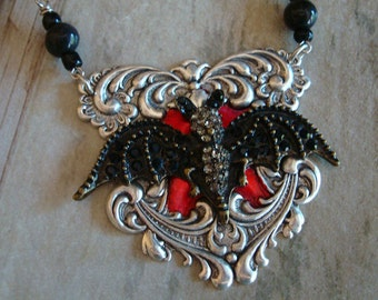 Jewelry Supplies, Gothic, Vampire, Bat, Victorian Design, Blood, Jewels, Necklace Supply, Pendant, Beadwork, Wings, Large, USA, Vintage Bead