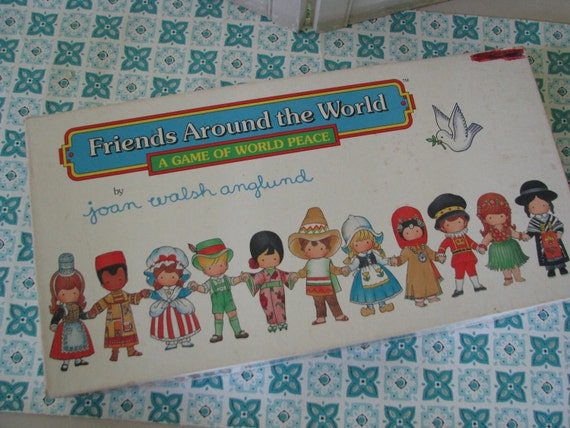 Fun Vintage 1989 Joan Walsh Anglund Worldwode Friends game OH SO CUTE