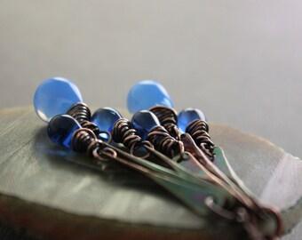 Long sticks chandelier earrings in copper with rich indigo blue Czech glass teardrops dangles - Drop earrings - Statement earrings - ER047