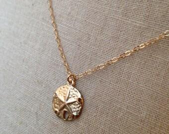 Sand Dollar Necklace, Gold Sand Dollar, Mermaid Coin, Sand Dollar Charm, Beach Jewelry, Summer Jewelry, Bridesmaid Necklace, Summer Wedding