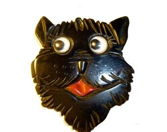 Vintage Carved Bakelite Google Eyed Scottie Dog Brooch. Rare Googley Eyes. Circa 1940s. USA.