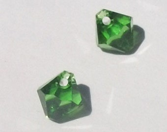 Clearance - Swarovski elements Top-Drilled Bicone 6301 Pendants Fern Green -- Available in 6mm