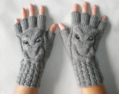 Hand-knitted women grey color fingerless gloves with knitted owl SPECIAL ORDER for Stacey Marie