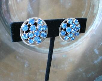 Vintage Round Blue Prong Set Rhinestone Screw Back Earrings Silver Tone FREE SHIPPING