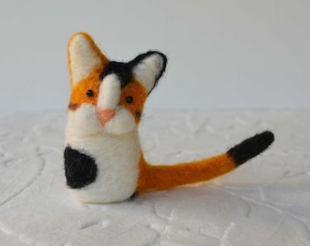 Calico Kittykitts, needle felted kitty cat fiber art sculpture