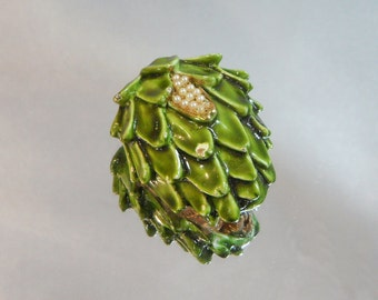 Vintage Har Brooch.  Green Artichoke. Tiny Pearls.