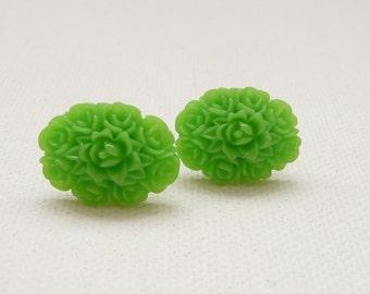 ns-Oval Apple Green Resin Rose Bouquet Stud Earrings