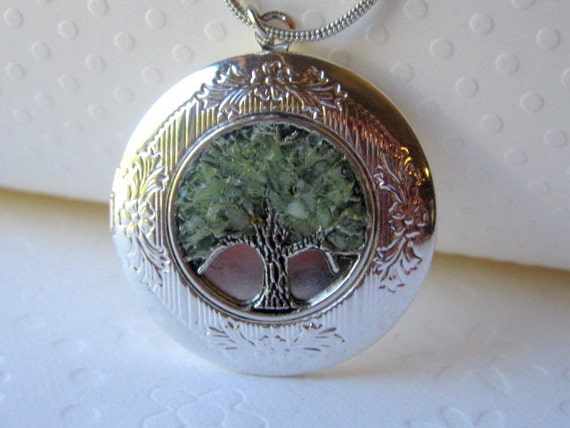 Personalized Locket Tree of Life Locket Stained Glass Locket August Birthstone Necklace Secret Message Locket Green Tree Jewelry