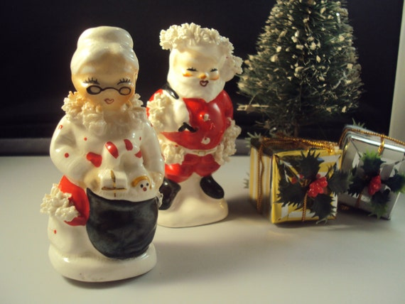 Vintage 1950s Napco Number 5920 Santa And Mrs Claus Spaghetti