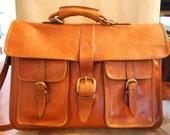 Leather vintage cross body messenger bag in  brown