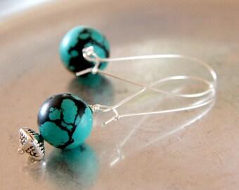 emerald and black earrings - howlite stone elegant modern