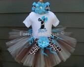 Custom Tutus.. SASSY GIRAFFE Tutu Set....3,6,9,12,18,24 months and 2T,3T,4T,5T,6T years, zoo, Disney Animal Kingdom, costume, birthday