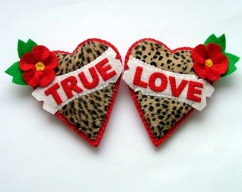 Tattoo Hearts Rockabilly Jewelry Leopard Print Faux Fur Brooch True Love