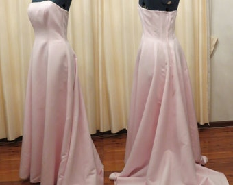 Vintage Strapless Pink Wedding Evening Formal Full Floor Length Maid of Honour Semi Formal Prom Brides Maid Dress With Long Train