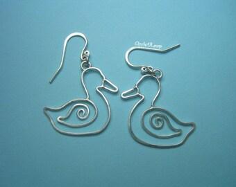 Swirl duck sterling silver earrings