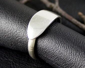 Rings, simple spoon ring, upcycled metal, ring, cutlery ring, thumb ring,trendy guy ring,eco-friendly ring,demi-tasse ring,teaspoon ring