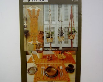Macrame Patterns - Driftwood Wall Hanging, Plant Hangers, Owl, Purses