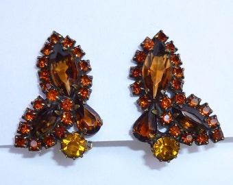 Vintage Brown And Orange Rhinestone Clip Earrings By Weiss