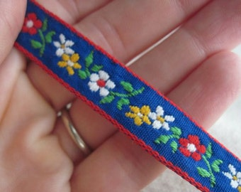 Fileena's Flowers Ribbon on BLUE