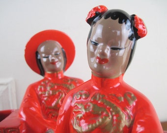 1950s Red Ceramic Asian Couple Figurine Bookend Planters - Dee Bee Company Imports, hand painted in Japan