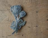 Art Deco floral rhinestone brooch / TULIP
