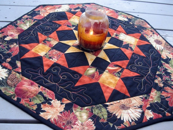 Autumn Drama 26 inch quilted table centerpiece