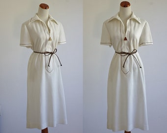 Vintage 70s Dress -- Brown and White Knit Dress -- 1970s Collared Dress -- Large XL