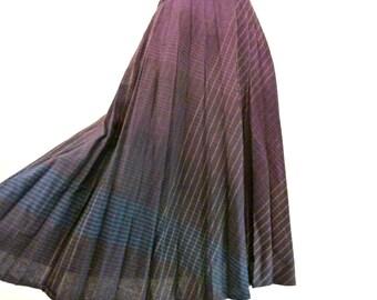 Vintage Long Purple Wool Skirt / High Waist Skirt / Pleated Skirt S M