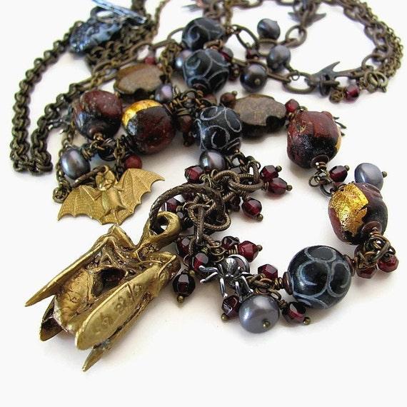 MR. RENFIELD unusual long gothic literature necklace statement necklace Bram Stoker Dracula literature jewelry unique literary jewelry