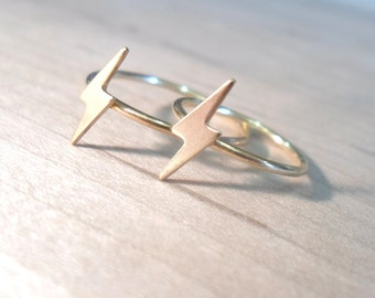 Lightning Ring, Lightning Bolt Ring, Gold lightning ring, bolt ring, gold midi rings, gold rings, gold stacking rings, flash rings